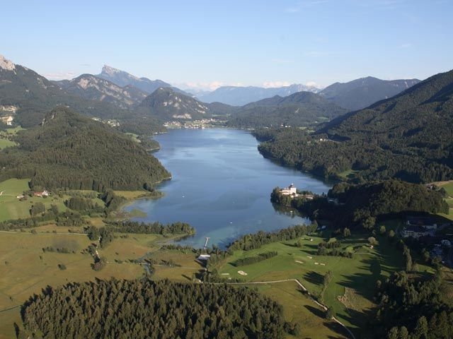 Inmitten der wunderschönen Landschaft des Salzkammergutes liegt der Fuschlsee! - Fuschlsee Region Salzburg