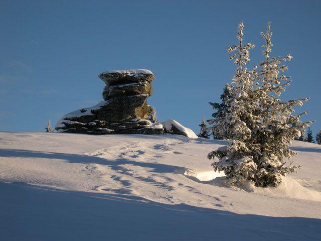 der sagenumwobene Hausberg, der Teufelstein 1498m - Fischbach Styria