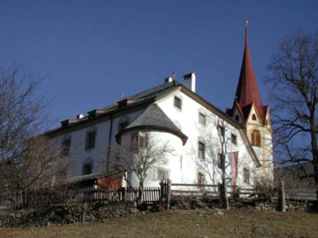 Ein Superangebot auch bei Schlechtwetter: Kulturgenuss im Schloss Anras. - Anras Tirol