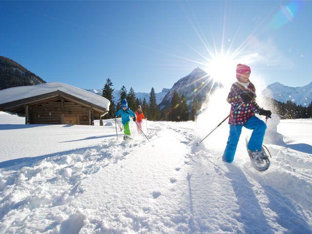 Mit den Schneeschuhen unterwegs - Achensee Region Tirol