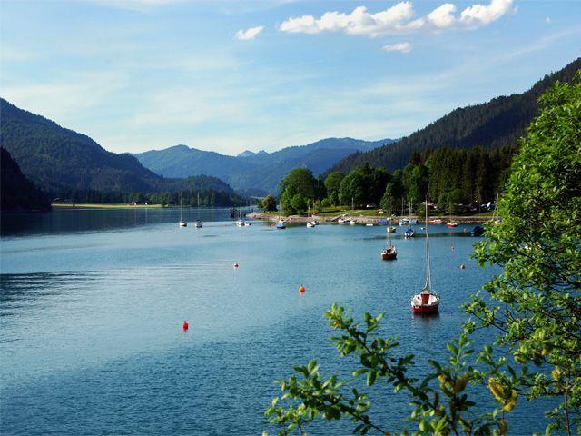 """Segeln am Achensee - der """"Anlegehafen"""" in Achenkirch - Achensee Region Tirol"""