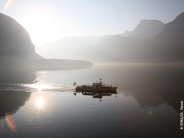 Boot auf dem Hallstättersee - Hallstaettersee Hallstatt