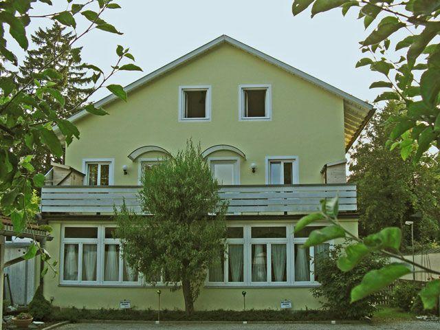 Auf Grund der zentralen und ruhigen Lage finden Sie hier einen idealen Ausgangspunkt für Unternehmungen aller Art. - Sportive Ferienwohnungen Bad Toelz Bad Toelz