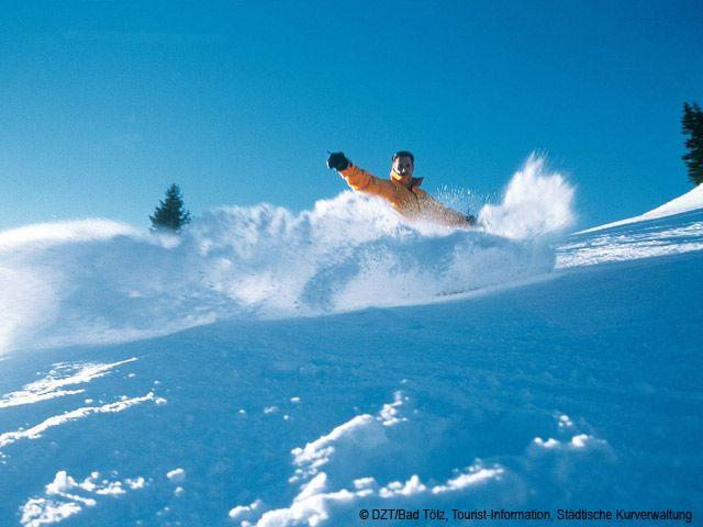 Bad Tölz (Nähe): Snowboardfahrer (Bundesland: Bayern) - Deutschland