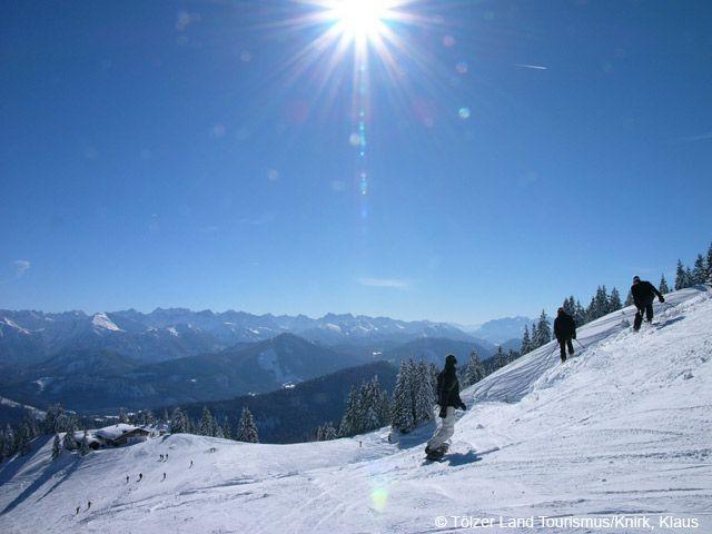Skifahrer auf dem Brauneck - Bayern