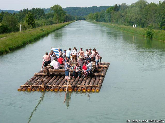 Flossfahrt auf der Isar. - Toelzer Land Bayern