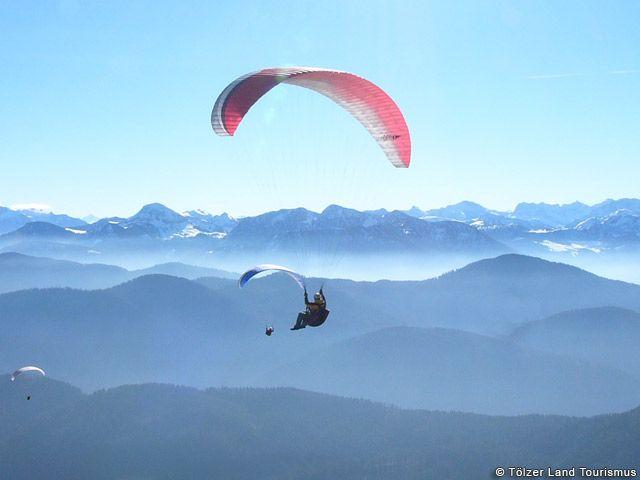 Gleitschirmfliegen im Tölzer Land - Toelzer Land Bayern