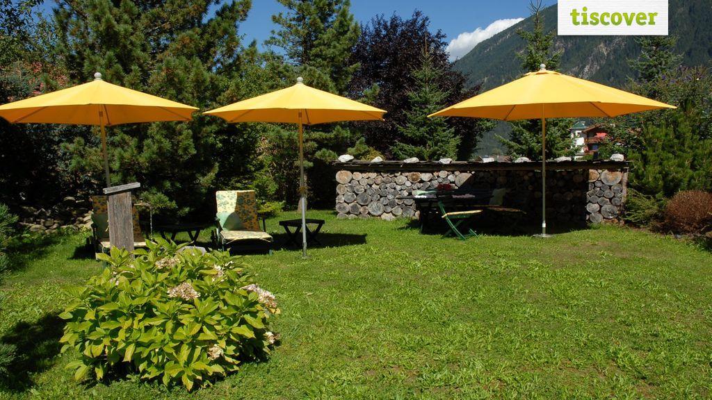 Aussenansicht im Sommer - Ferienwohnungen Kroell Mayrhofen