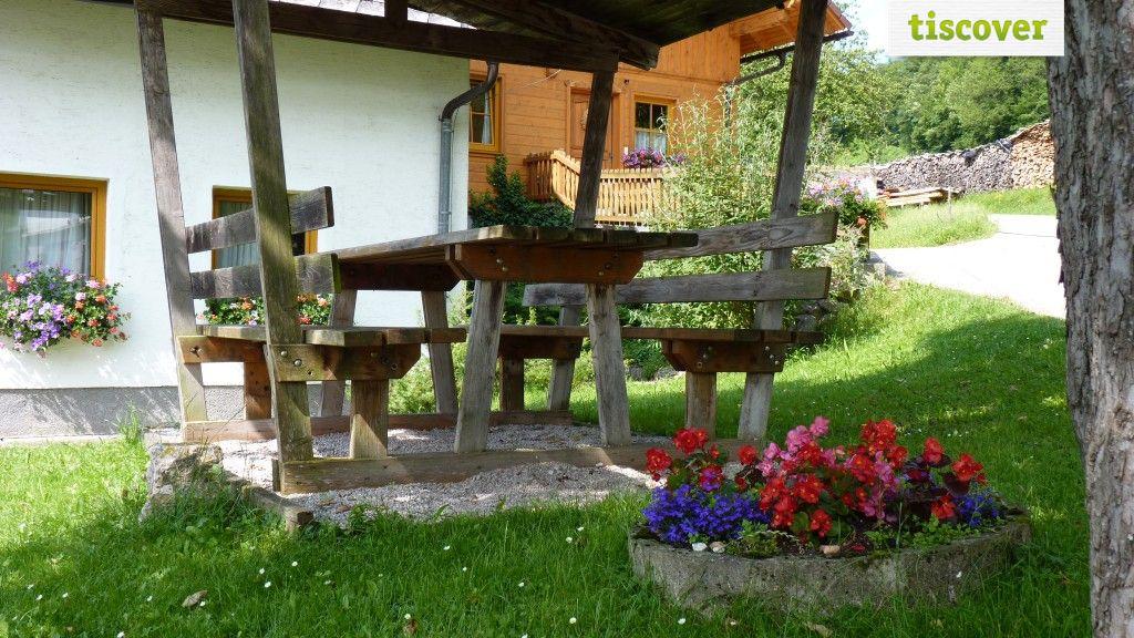 View from outside In summer - Naglerhof Großraming
