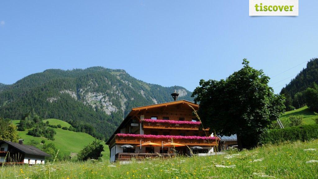 Aussenansicht im Sommer - Gasthof Gwercherwirt Brandenberg