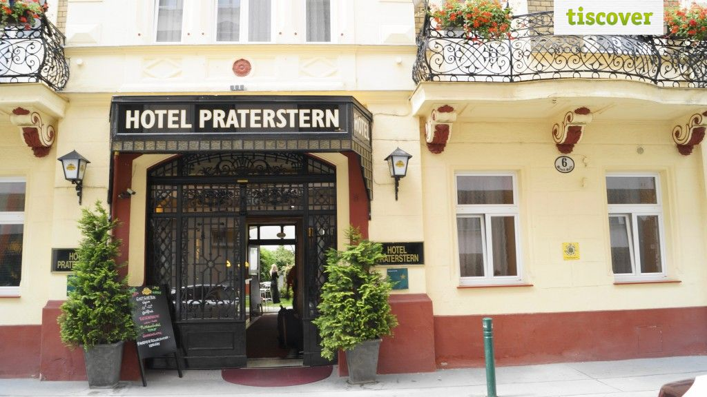 View from outside In summer - Hotel Praterstern Vienna