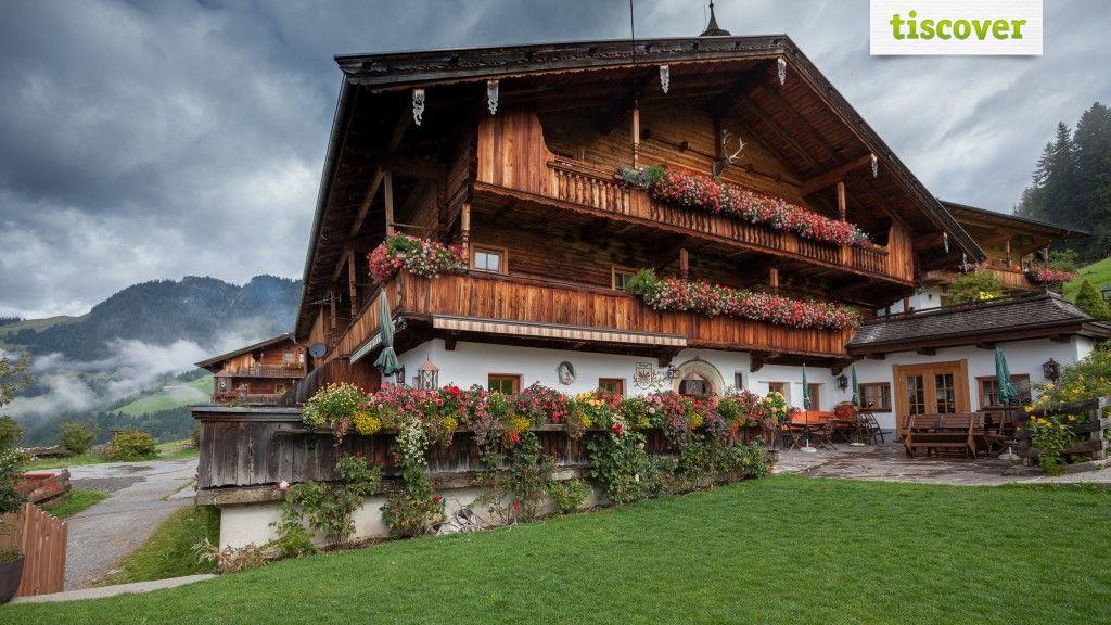 Aussenansicht im Sommer - Gasthaus Rossmoos Alpbach