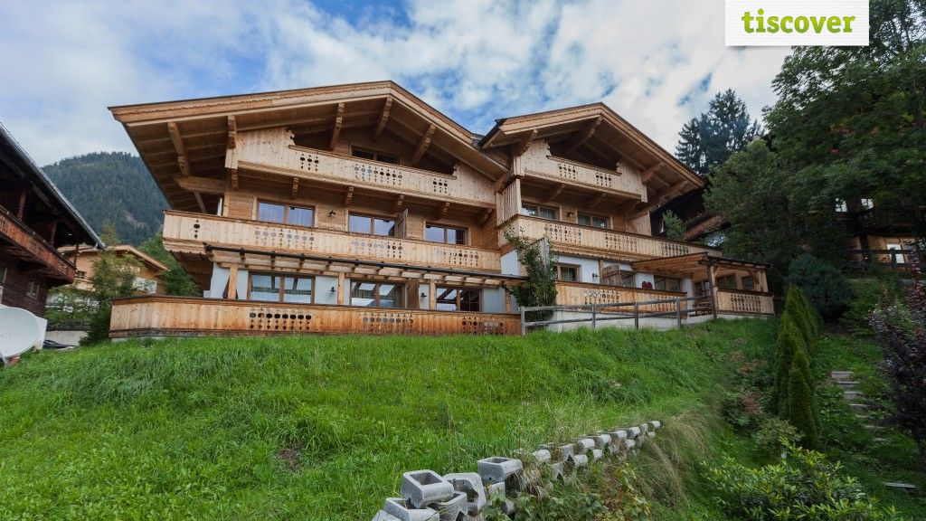 View from outside In summer - ENTHOFER - Chalets/Apartments/Logement Alpbach