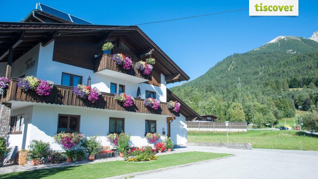 Aussenansicht im Sommer - Gaestehaus Nocker Seefeld