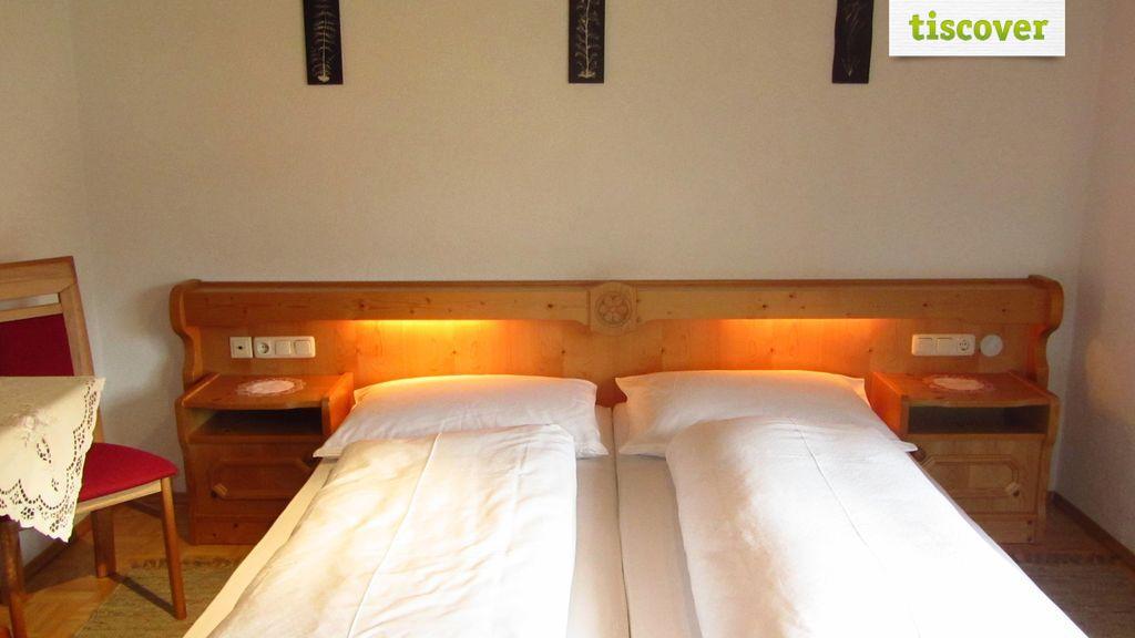 Appartment im Sommer, Ferienwohnung Ferienwohnung für 4-6 Personen, Haus Moosmann