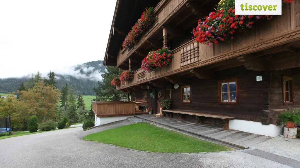Aussenansicht im Sommer - Gasteighof Reith im Alpbachtal