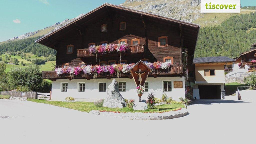 View from outside In summer - Hansenhof Praegraten am Großvenediger