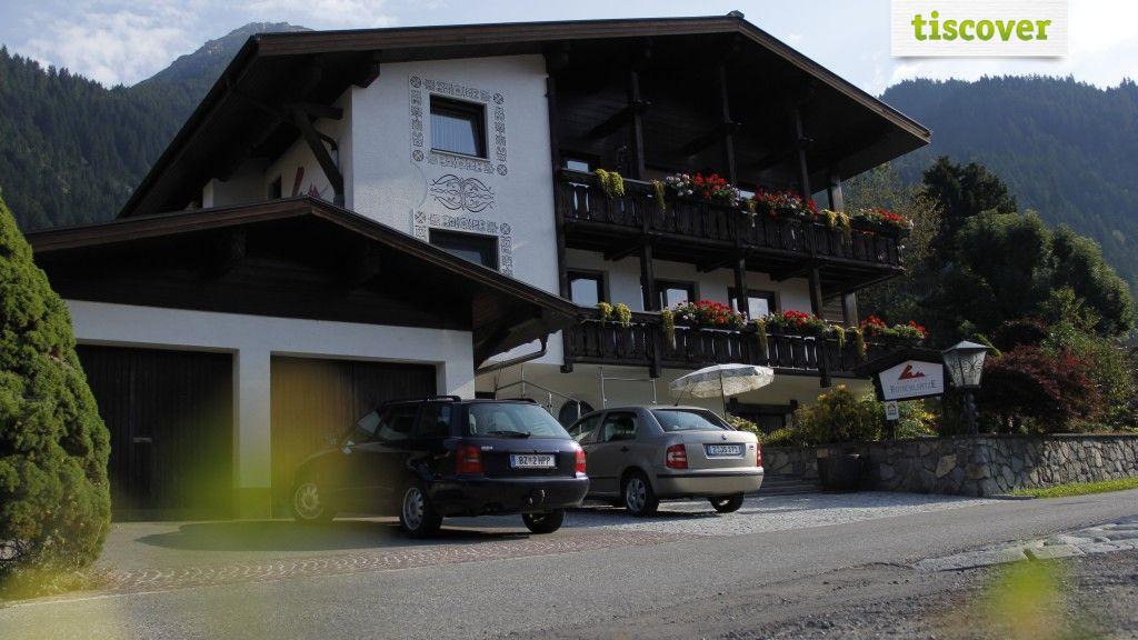 Aussenansicht im Sommer - Apartment Rotbuehlspitze St. Gallenkirch-Gortipohl