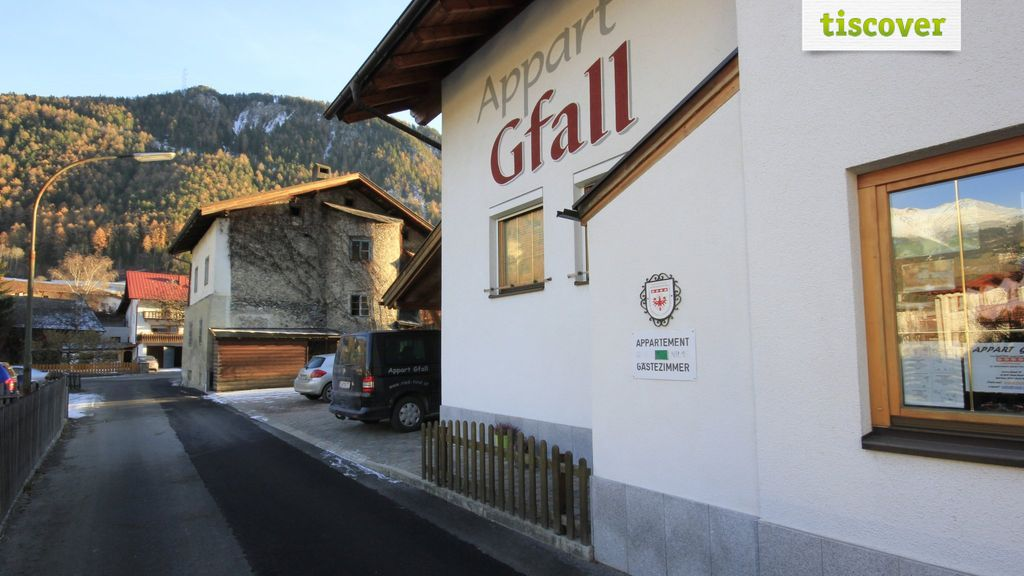 View from outside In summer - Aktiv-Appart Gfall Ried im Oberinntal