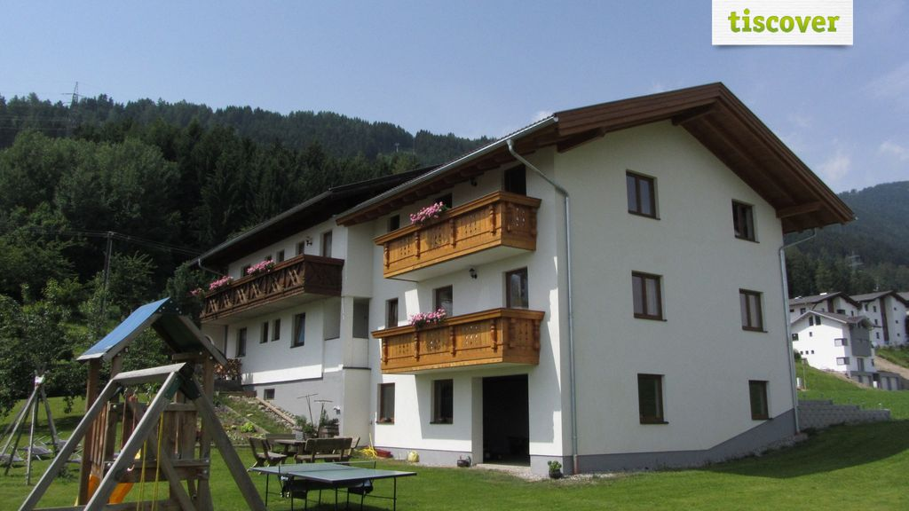 View from outside In summer, Studlerhof - Farm Holidays - Apartments