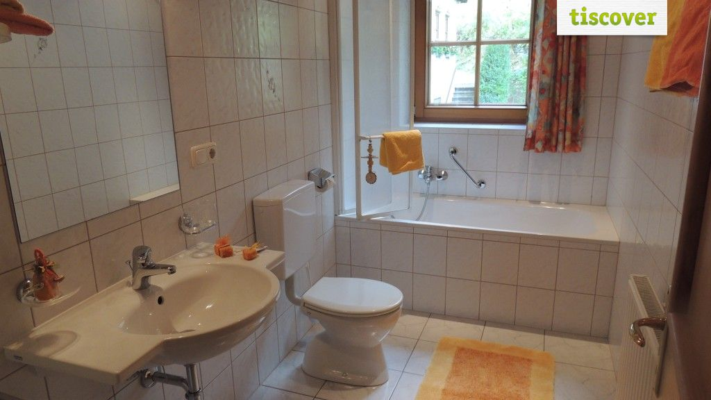 Appartment Zunigblick-Badezimmer - KLAMPERERHOF Virgen in Osttirol