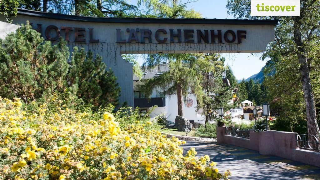 Aussenansicht im Sommer - Hotel Laerchenhof Seefeld