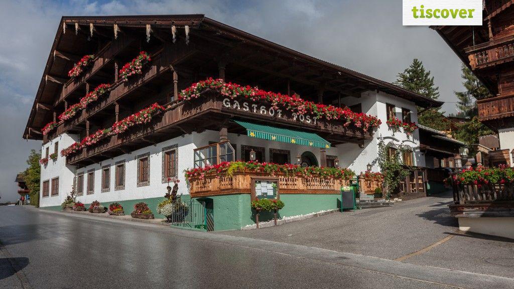 Aussenansicht im Sommer - Hotel Zur Post*** Alpbach