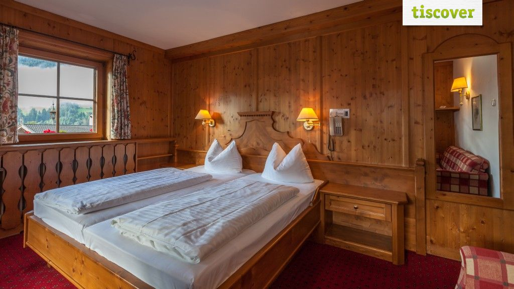 Zimmer mit Balkon  - Hotel Zur Post*** Alpbach