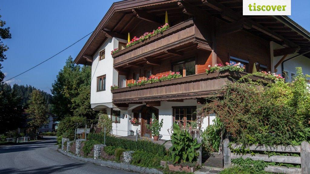 Aussenansicht im Sommer - Alpbach Apartments Reith im Alpbachtal