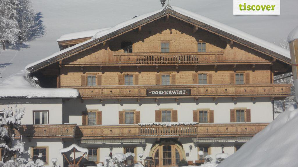 Aussenansicht im Winter, Dorferwirt Landgasthof
