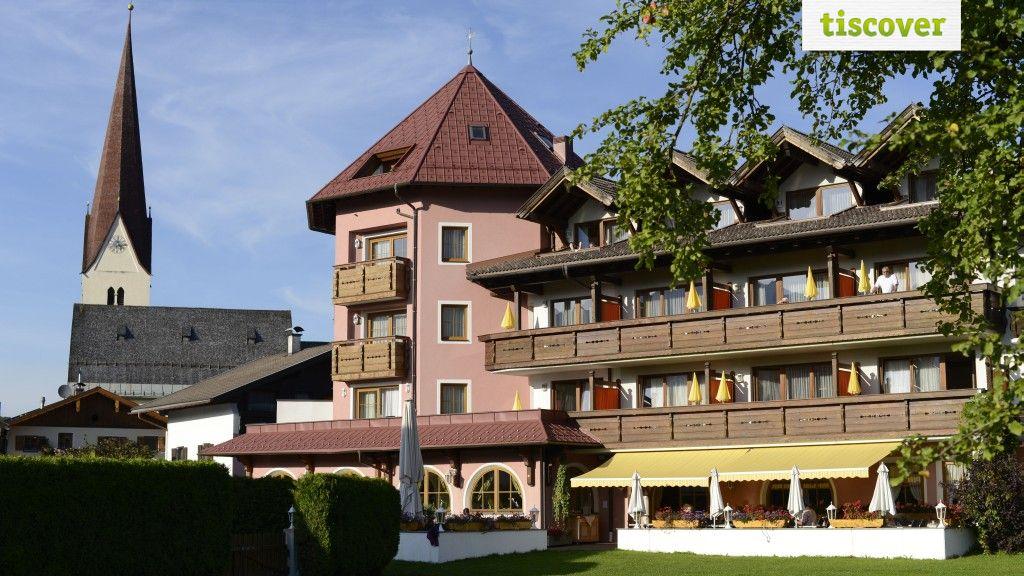 Aussenansicht im Sommer - Hotel Restaurant Moserhof Breitenwang