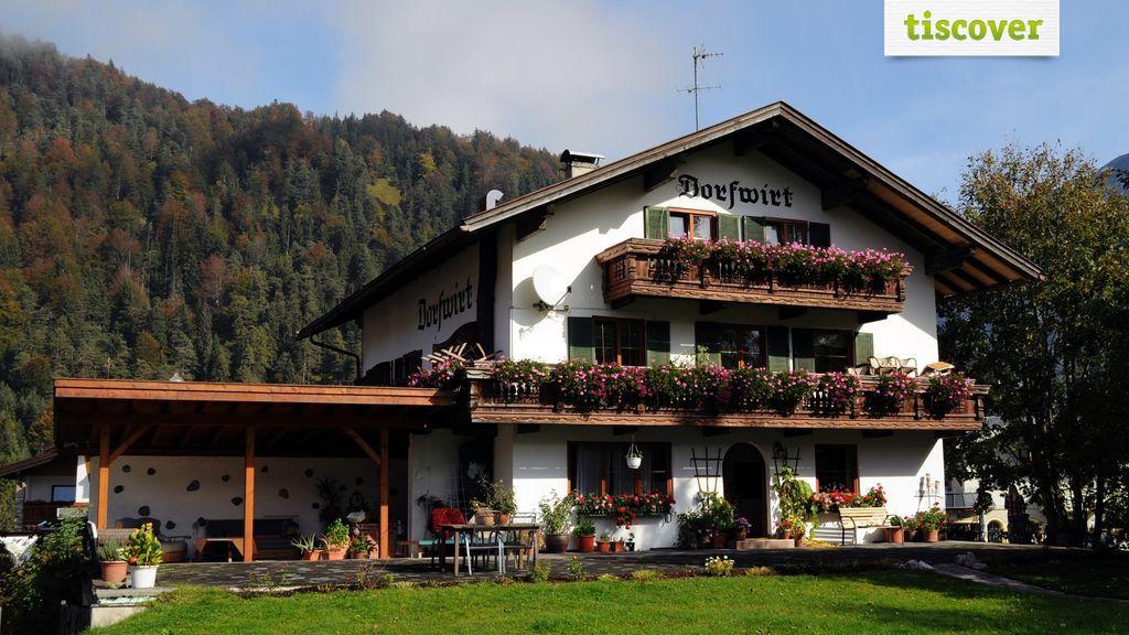 Aussenansicht im Winter, Gasthof Dorfwirt