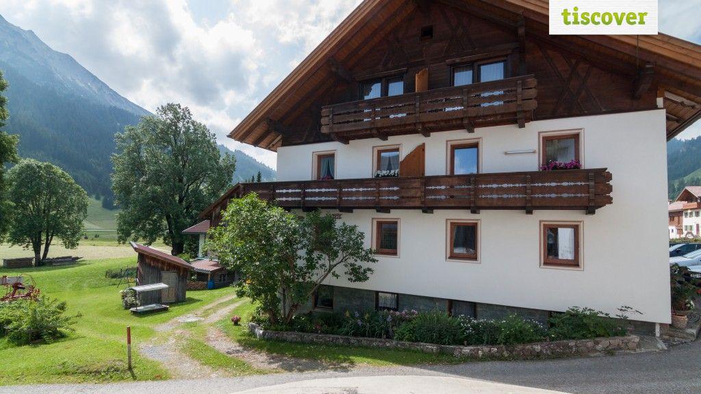 Aussenansicht im Sommer - Haus Walter Nesselwaengle