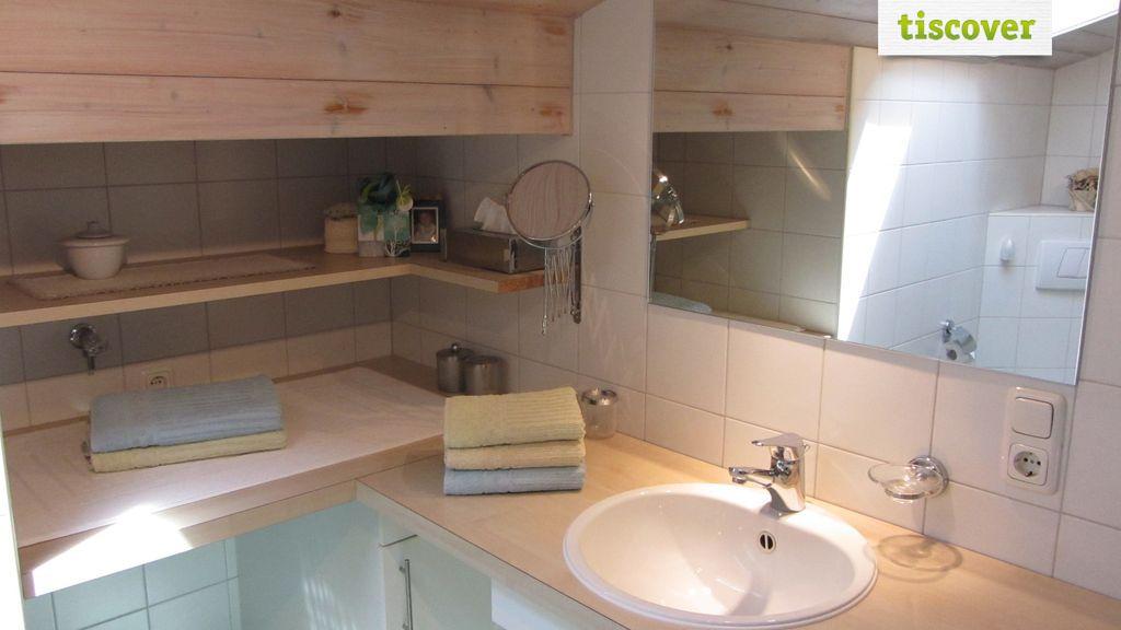 Badezimmer im Winter, Ferienwohnung Ferienwohnung Dachgeschoß