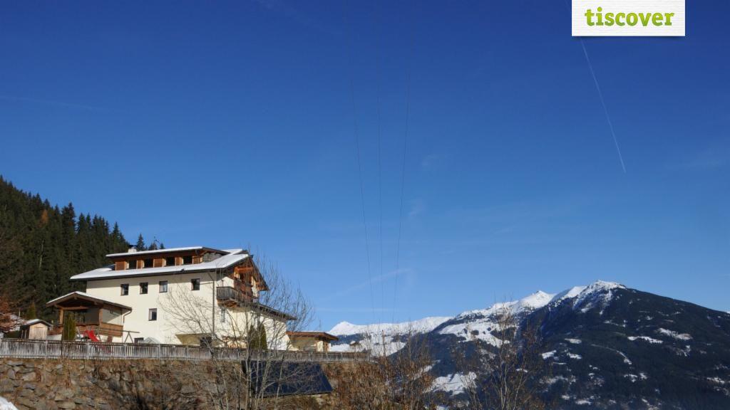 Aussenansicht im Winter - Sonderbichlhof - Zillertal Fuegen