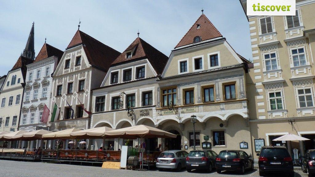Aussenansicht im Sommer - Landhotel Mader Steyr