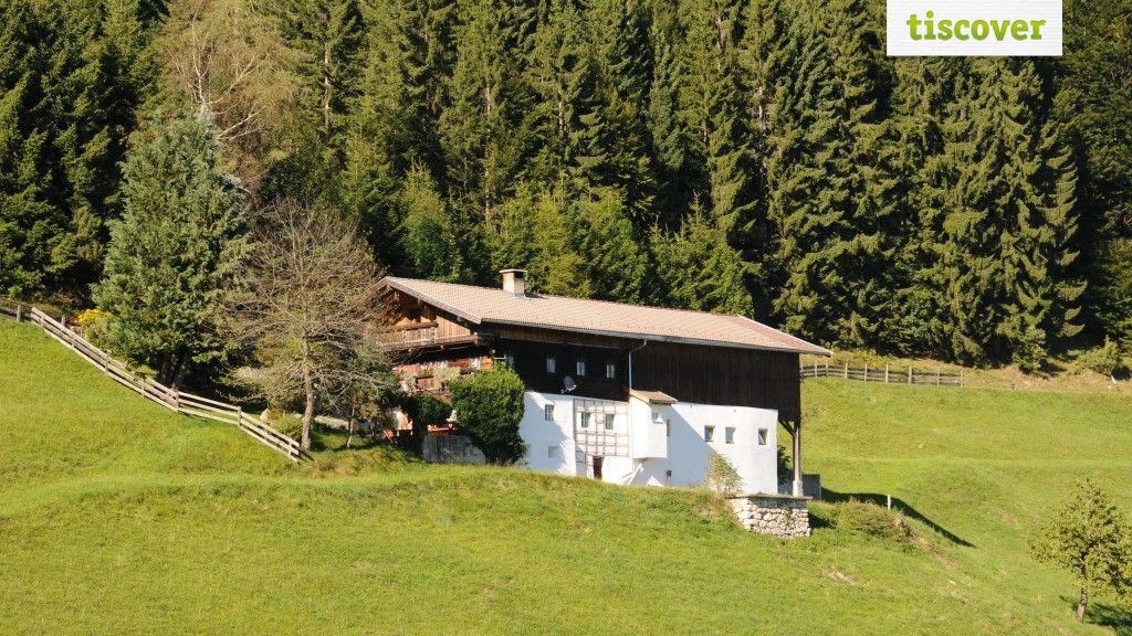 Aussenansicht im Sommer - Das Pumphaus Brandenberg