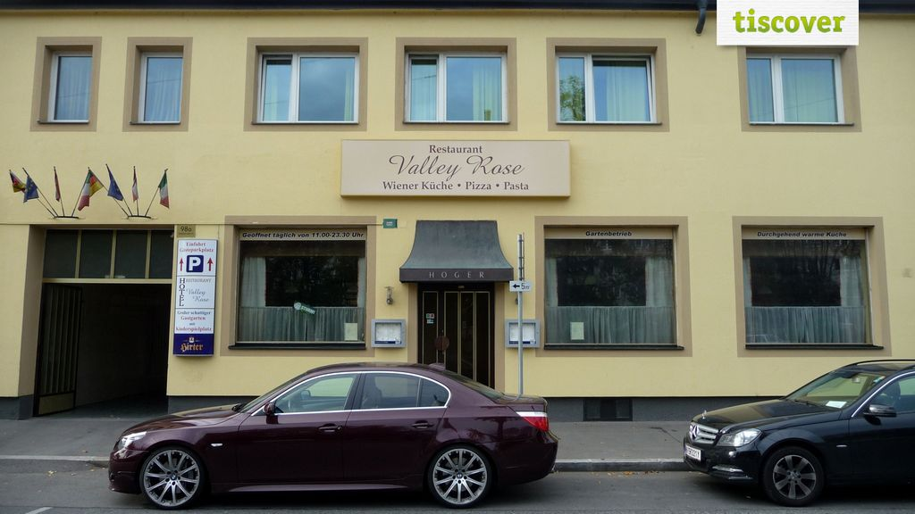 Aussenansicht im Sommer, Hotel Valley Rose
