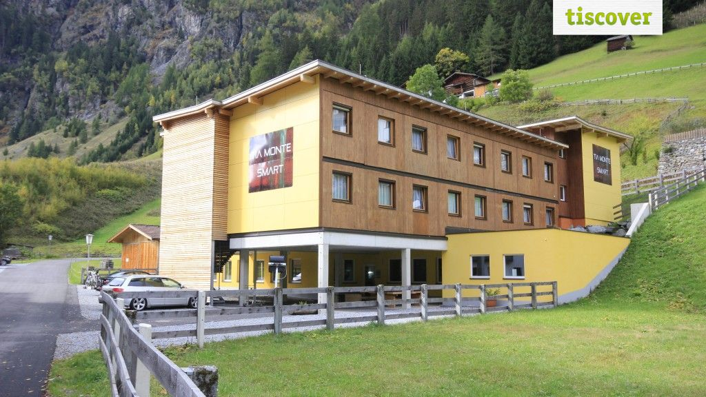 View from outside In summer - Hotel Tia Monte smart Kaunertal
