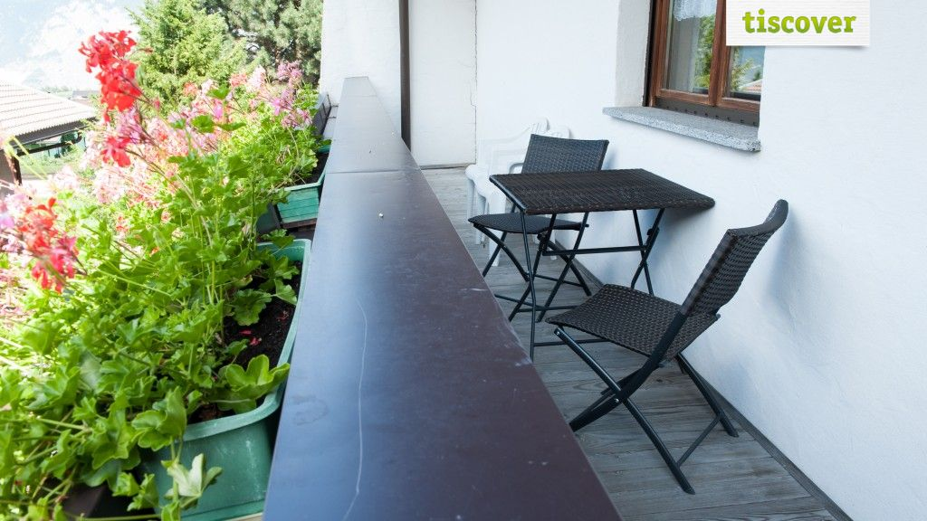 Aussenansicht im Sommer - Landhaus Brigitta Axams