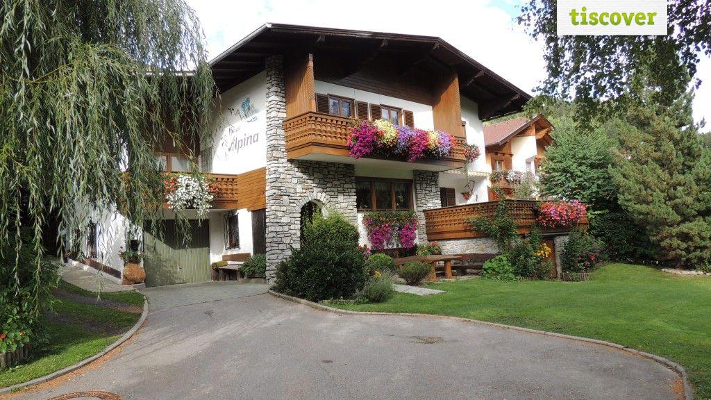 Aussenansicht im Sommer - Haus Alpina Virgen in Osttirol