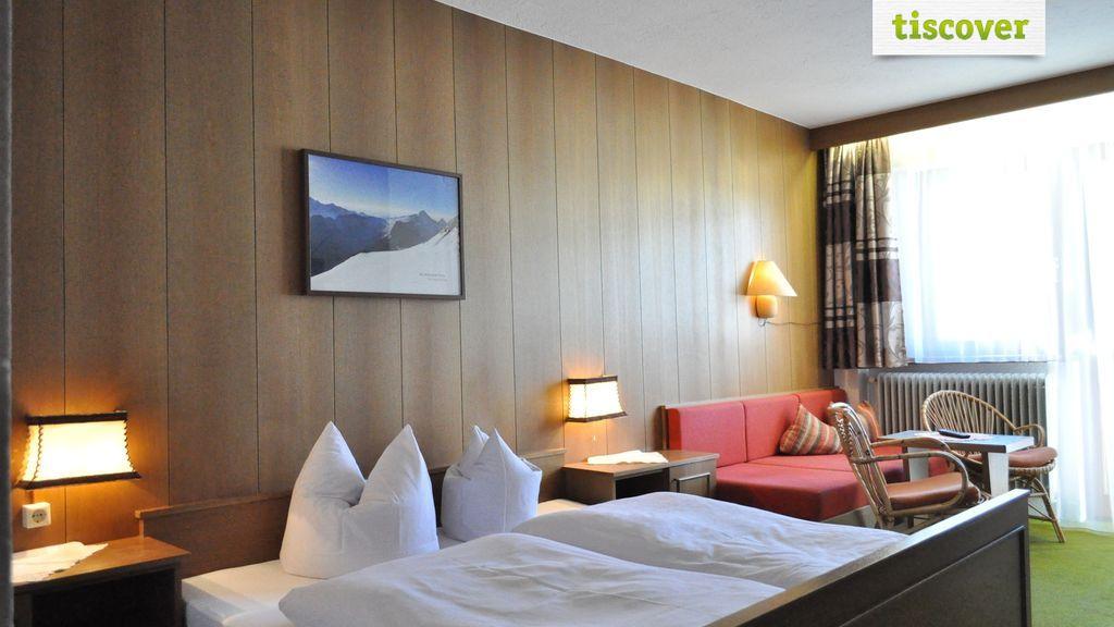 Double Room (Standard)
