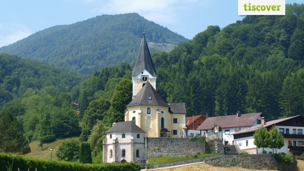 Grünburg In summer - Gruenburg Upper Austria