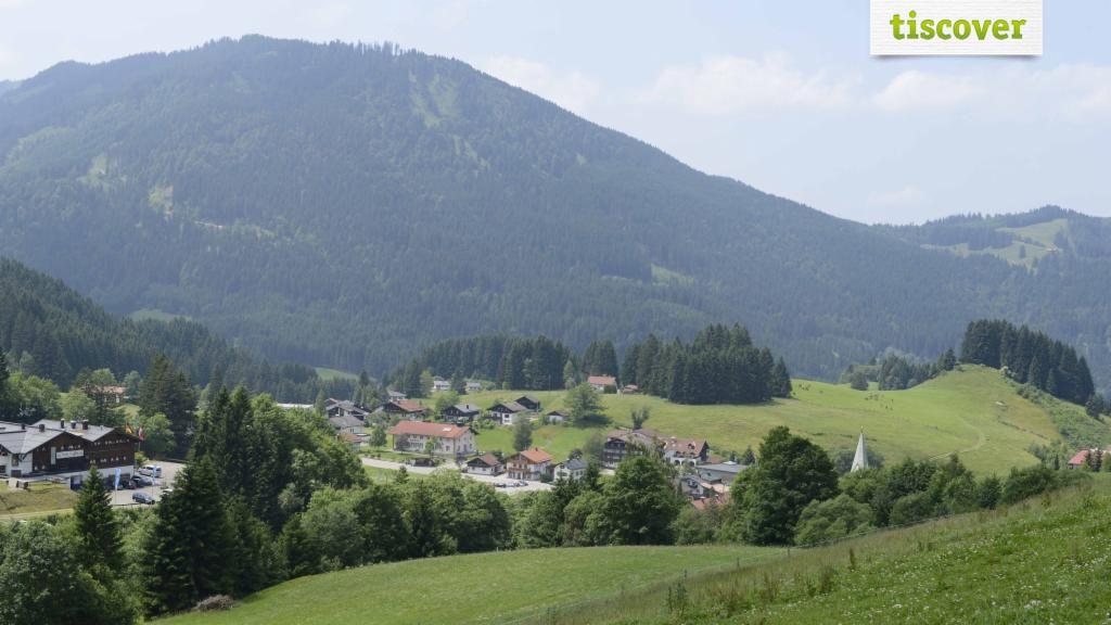 Jungholz - das Tiroler Skidorf im Allgäu im Sommer - Jungholz Tirol