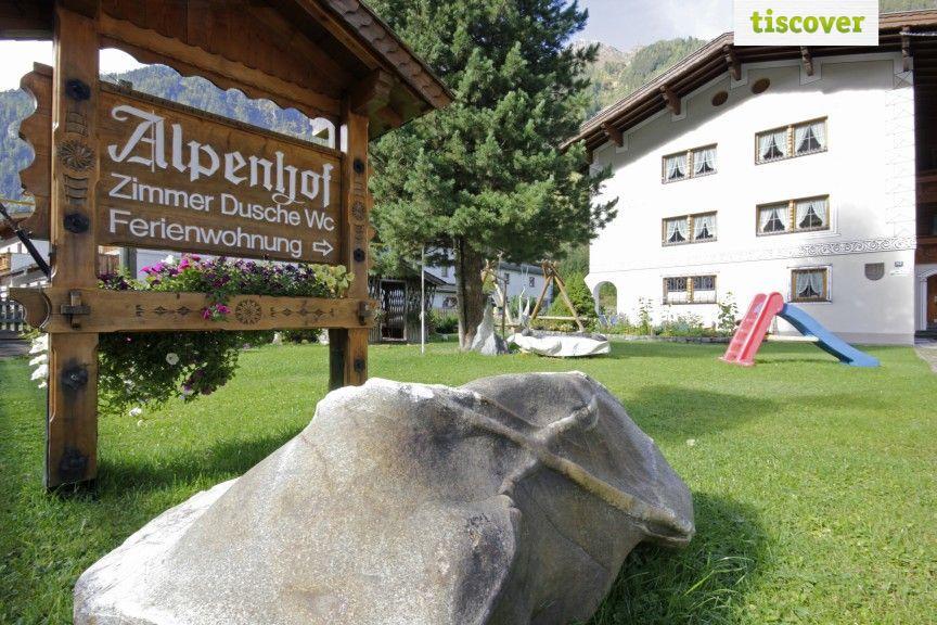 Aussenansicht im Sommer - ALPENHOF Appart & Pension Kaunertal