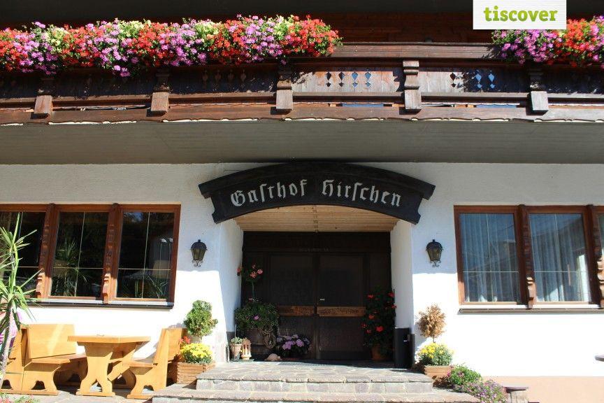 Aussenansicht im Sommer - Gasthof Hirschen Wenns im Pitztal